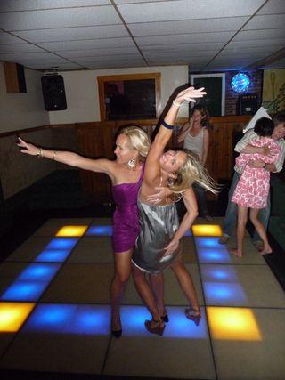 Pequot dancing